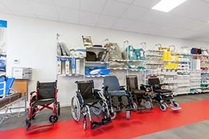 spécialiste handicap large choix mobilité fauteuil roulant bastide le confort médical cherbourg